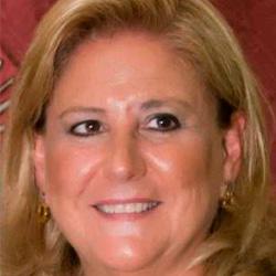 Rosa María Paredes Esteban